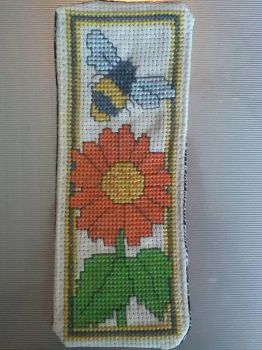 Sunflower and Bee bookmark by Hami2000