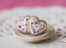 Rainbow heart sugar cookies by Glowpr