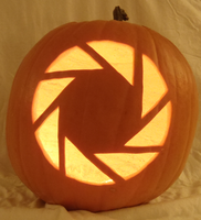 Aperture Science Pumpkin Lit by johwee