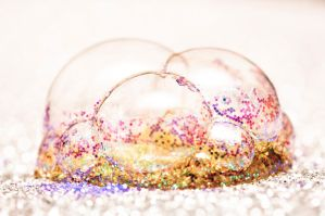 Bubbles and glitter by Elicice