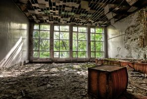 Pripyat big windows by theham