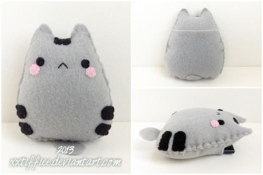 Pusheen Pocket by xxtiffiee