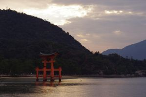 Sunset at Miyajima by Shiryu37