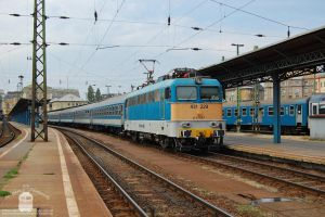 431 229 with a fast train in Budapest by morpheus880223