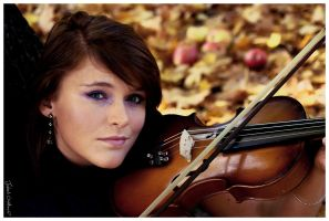 Violinist by abus