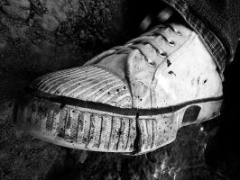 Scarry shoe by BlackDennie