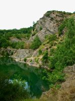 Gullet Quarry by gee231205