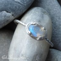 Labradorite Ring in Sterling Silver by che4u