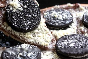 Oreo Pizza Slice by claremanson