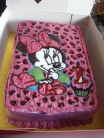 Minnie Mouse Cake by sez77