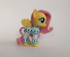 My Little Pony Fluttershy custom by larakoplin