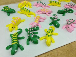 Little Lizard Cupcake Toppers by Spudnuts
