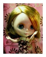 Blythe with Necklace by hell0z0mbie