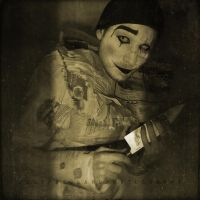 Say hello to the clown... by IMAGENES-IMPERFECTAS