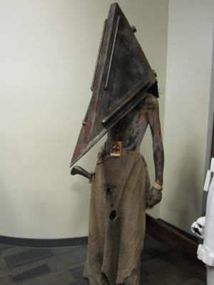Ohayocon 2011 - Pyramid Head by Kyoiism