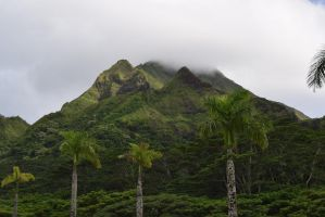 Hawaiian Mountains 2 by annonmyous