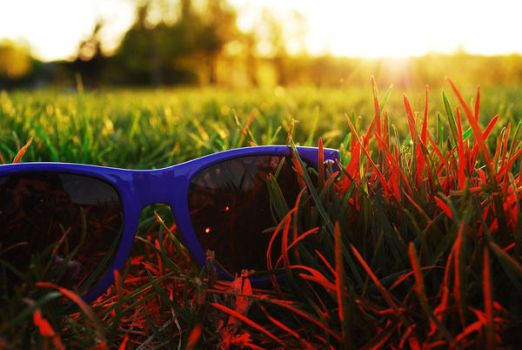 ray ban glass wallpaper  ray_ban_wayfarer_sunset_02_by_punchedtoast