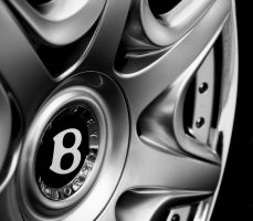 Bentley Rim - Black and White by TVRfan