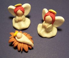 sculpey angels by Gimmeswords