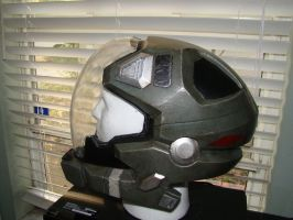 Halo Reach Pilot helmet Side by Hyperballistik