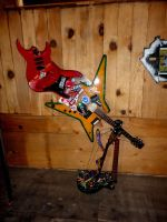 Guitar Clock by HerbertWest7734
