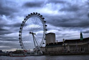 The Eye of London by p0isson