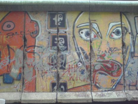 The Berlin Wall by lunapiena