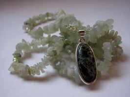 Veined Stone Necklace by thistlesis