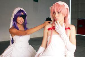 Minene and Yuno Wedding [Mirai Nikki Cosplay] by Amiranne