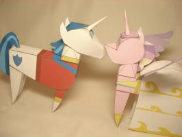 Shining Armor + Cadence doll papercrafts by RocketmanTan