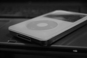 iPod Close-up by Adamantoise