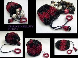Bag in Red and Black by ChainedBeauty