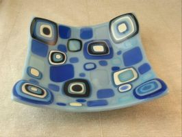 Concentric Squares Fused Glass Dish by trilobiteglassworks