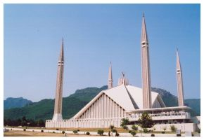 Faisal Mosque in Islamabad by aash