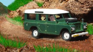 Zhang and Annika's Land Rover by moyomongoose