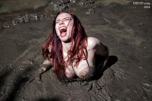 Ludella screaming in quicksand 8204 by didvp