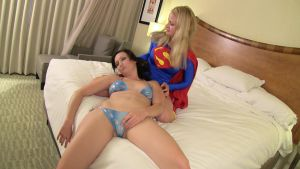 FetCon Fight Vidcap: Super-Alisa vs Lucky # 13 by sleeperkid
