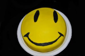 Smiley Face Cake by LDFranklin