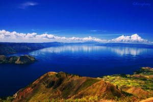 Danau Toba is MAGIC 2...... by herryhewy