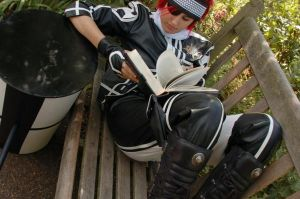 Lavi - Taking a break by KellyJane
