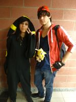 Umbreon and Red - Cos-Mo 2014 by Groucho91