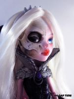 MH Custom - Melpomene by periwinkleimp