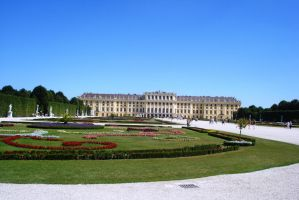 Schonbrunn by Polin-Sam