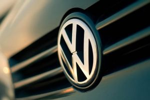 Volkswagen Logo by ColdF
