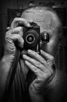 Self with my LX3 by carlzon