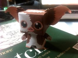 Gizmo Papercraft by BeatStoker