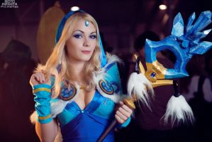 Crystal Maiden cosplay by Pvt-Waffles