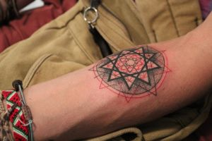 Geometry tattoo by lartfar