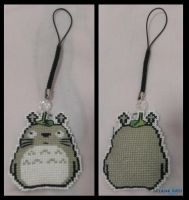 Totoro Cross Stitch by constantie