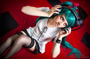 Miku - World Is Mine by andrewhitc